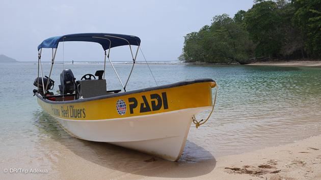 mon bateau de plongée au Panama