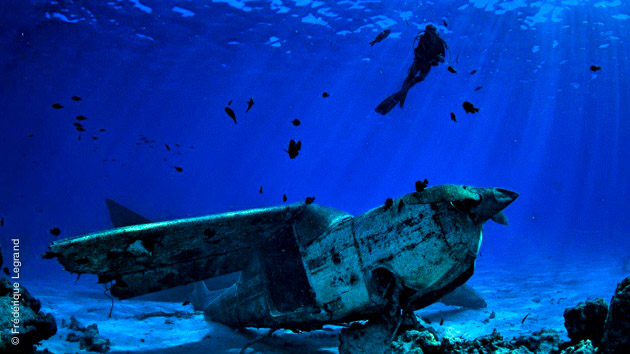 plongée sur épave à Tahiti