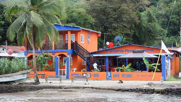 votre petit hôtel face à la mer des caraibes au Panama