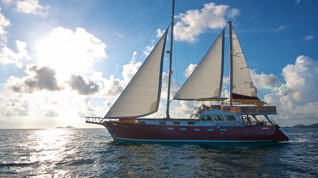 votre bateau tout confort pour cette crois!ère plongée aux Seychelles