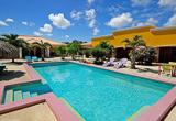 Une charmante guesthouse avec piscine à Bonaire - voyages adékua