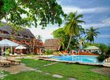 Pour votre séjour, un lodge tout confort, pieds dans l'eau et au cœur d'un jardin tropical à Nosy Be - voyages adékua
