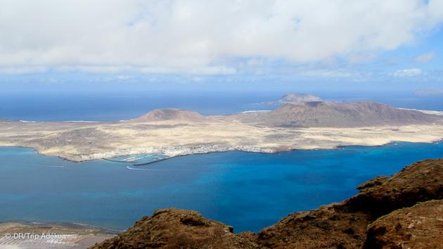 vue sur l'île de la Graciosa un paradis pour la plongée sous-marine