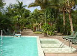 Un hôtel au creux d'une baie de rêve, face à la mer des Caraïbes - voyages adékua