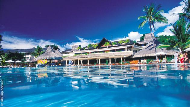 Un circuit entre plongées et détente dans vos hébergement luxe et bungalow sur la plage à Tahiti